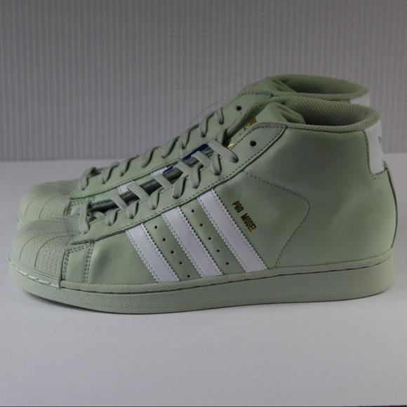 a5e6086e070309 adidas Shoes